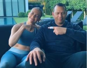 JLo y su novio Alex Rodríguez se divierten subiendo vídeos a TikTok.
