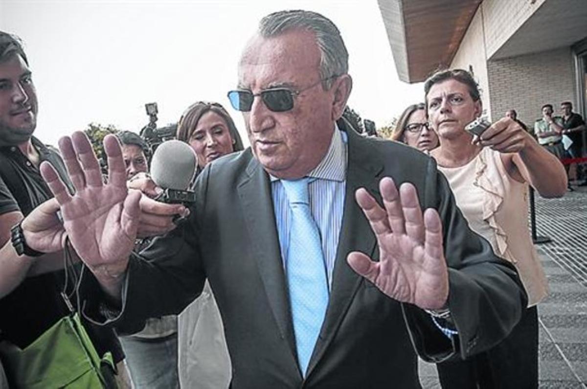 Carlos Fabra, al sortir de l'Audiència de Castelló, el dia 3 passat.
