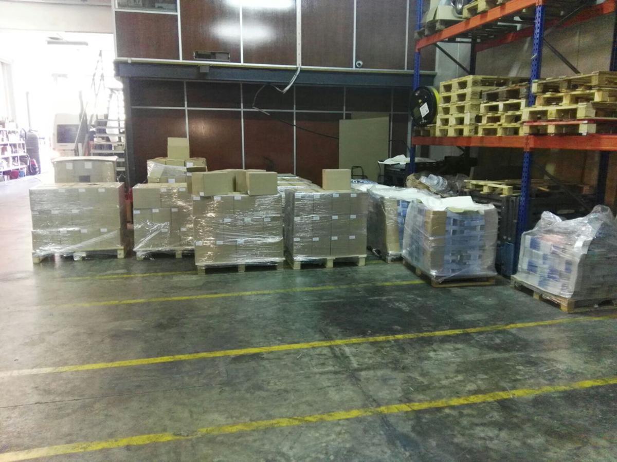 Imagen del almacén donde se han incautado 1,3 millones de carteles, dípticos y folletos del referéndum.