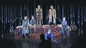 Una escena d''Incerta glòria', amb Andreu Benito i Joan Carreras, actors habituals de Rigola, als extrems.