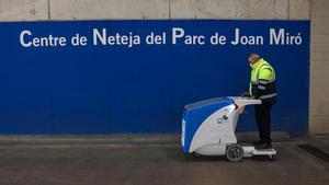 Las nuevas máquinas ligeras que se usarán para limpiar más y mejor las calles de Barcelona