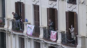 Els balcons: termòmetre de la vida veïnal