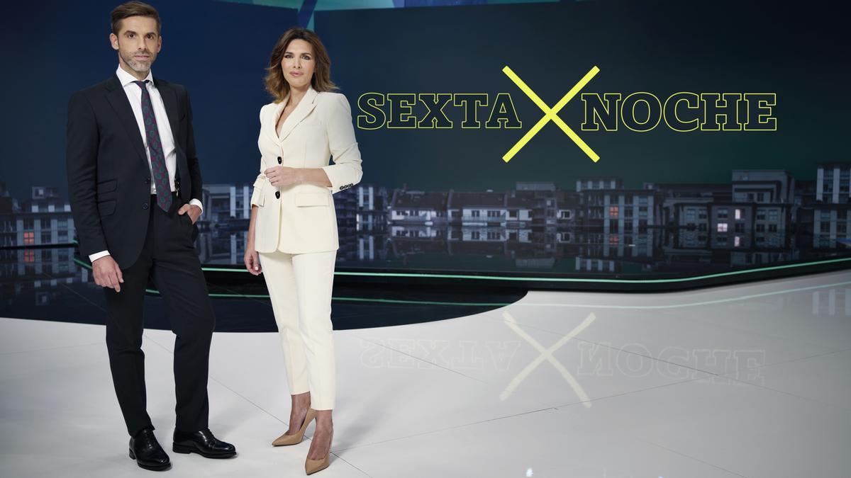 José Yélamo y Verónica Saz, presentadores de 'La Sexta Noche'.