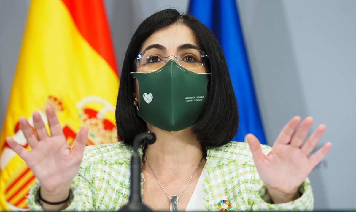 Sanidad y las autonomías revisarán el uso obligatorio de la mascarilla en la playa