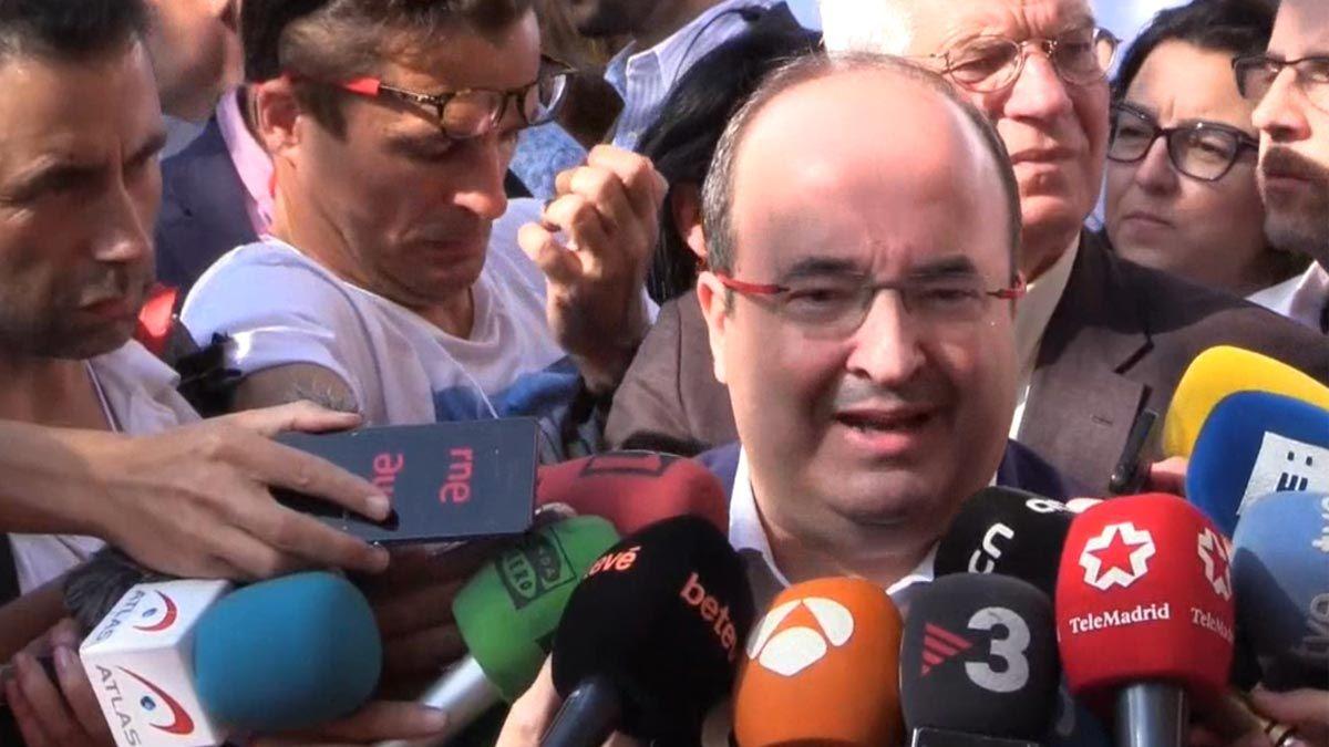 """[Ciutadans] Manifestación: """"Fuera el zorro del gallinero, Oficina Antifrau independiente"""" 7428691c-1eab-470d-9476-2fce78ed9ca1_source-aspect-ratio_default_0"""