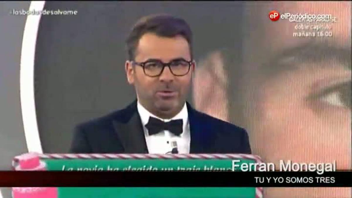 Jorge Javier Vázquez y los recién casados ('Las bodas de Sálvame').
