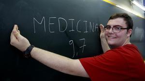 David Ramírez, mejor nota de selectividad de Girona, quiere cursar Medicina y siente especial predilección por la neurología y la medicina deportiva.