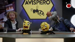 Escena de 'La que se avecina' en la que se parodia a 'El hormiguero'