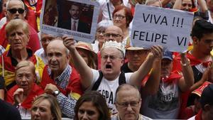 Participantes en la manifestación 'Espanya i Catalans' celebrada en Barcelona.