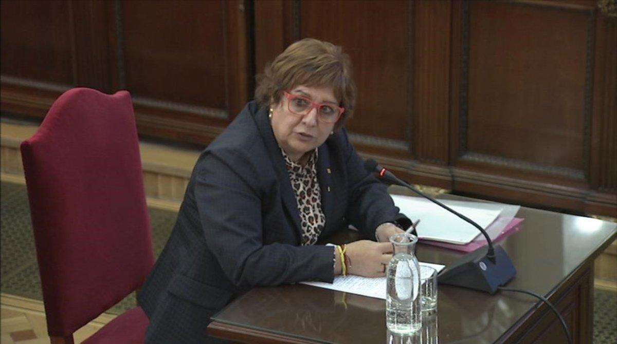 La 'exconsellera' Dolors Bassa, durante su declaración en el juicio del 'procés'.
