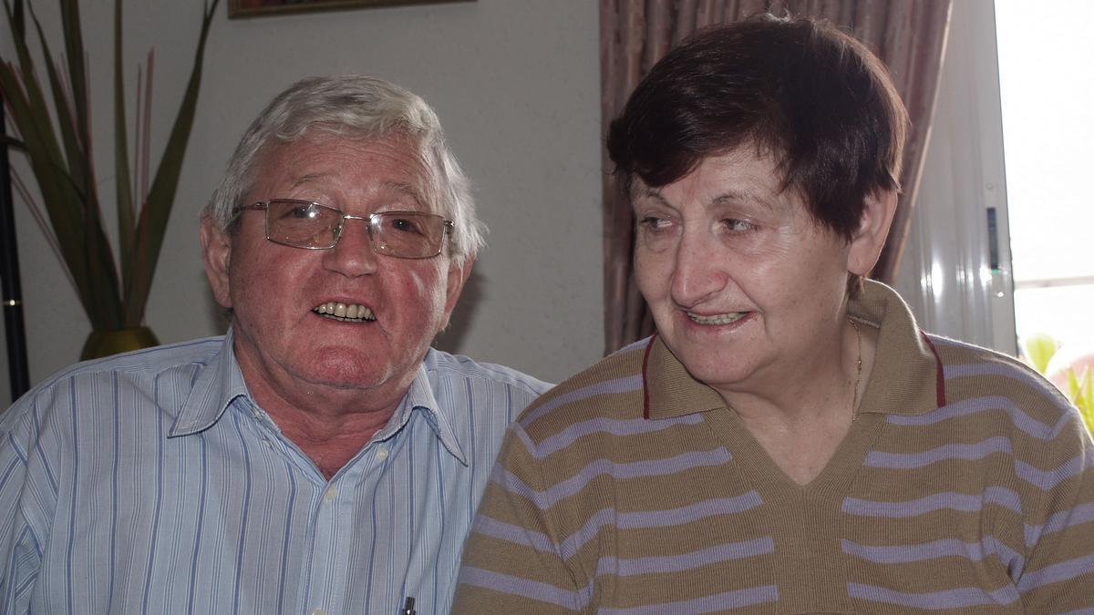 Manuel López Becerra, con su mujer, también fallecida.