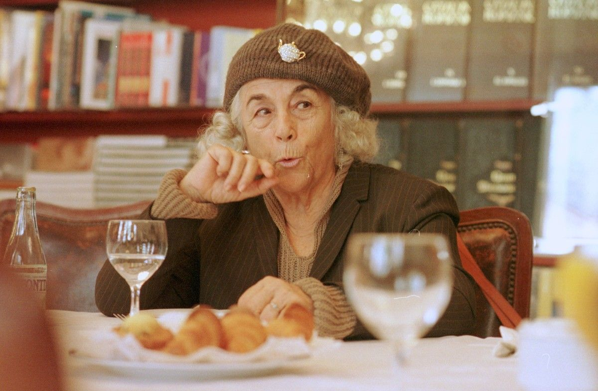 Carmen Martín Gaite (1999).