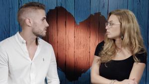 """Las discrepancias de dos comensales sobre el sexo arruinan una cita en 'First Dates Crucero': """"Te veo un mujeriego"""""""