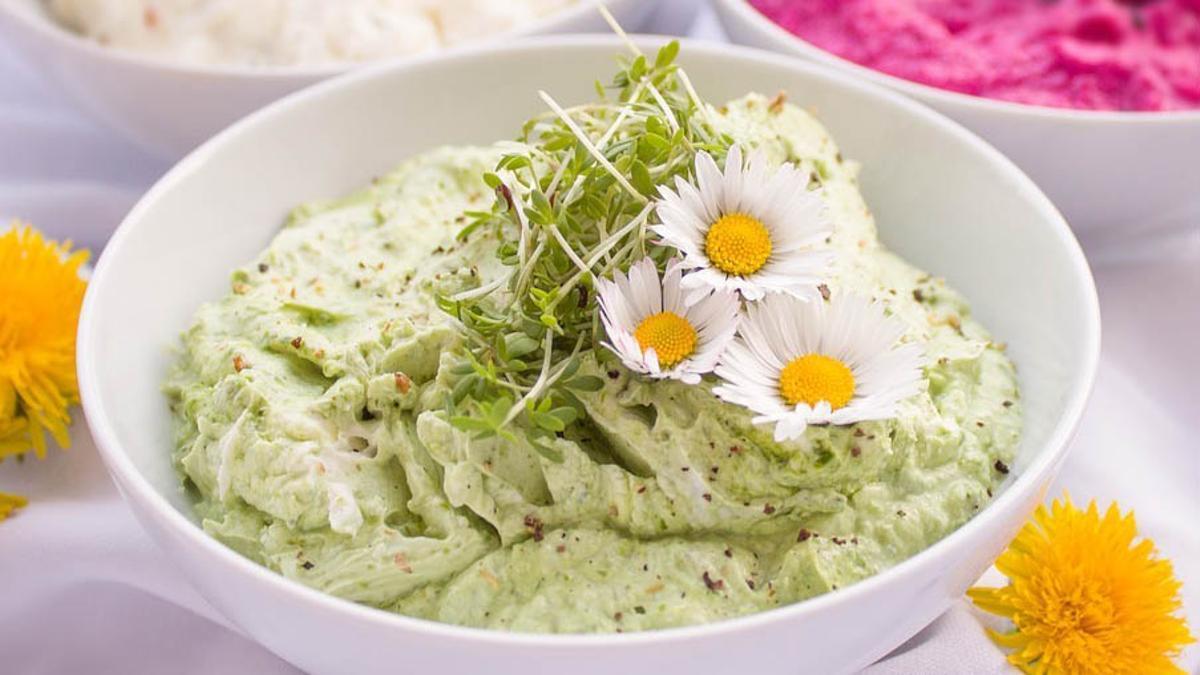 Flores en el plato