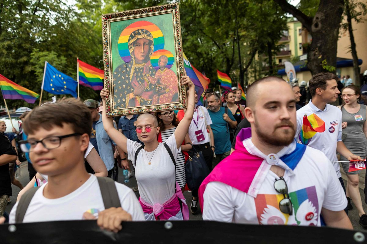 Manifestación en 2019 contra las leyes que discriminan a los homosexuales en Polonia