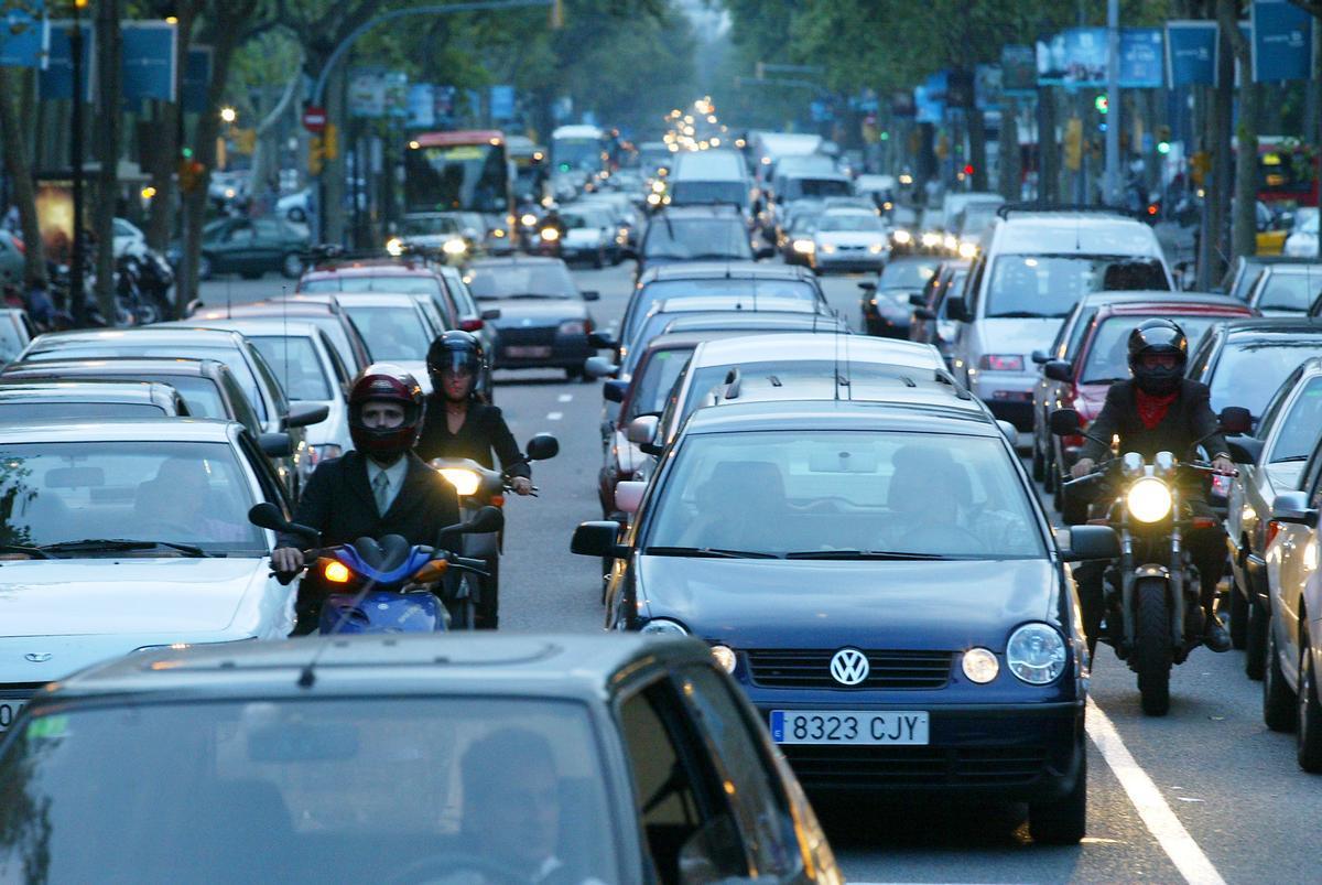 Cortes de tráfico en Barcelona por las manifestaciones del 12-O