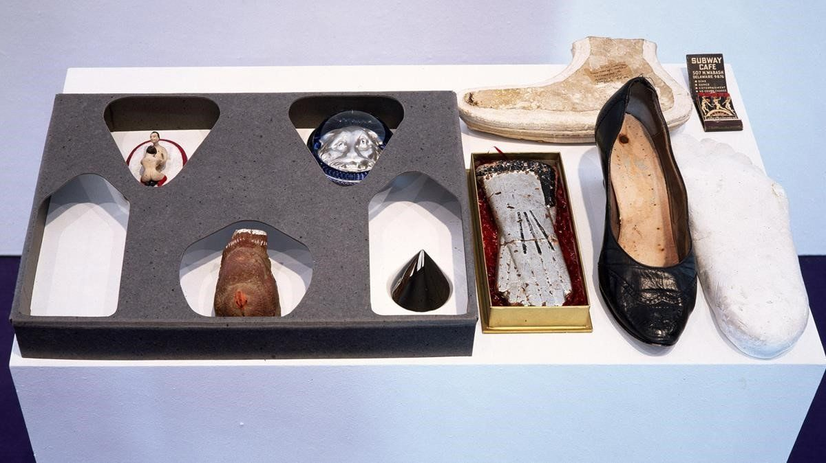 La obra 'Bandeja de objetos', de 1936.