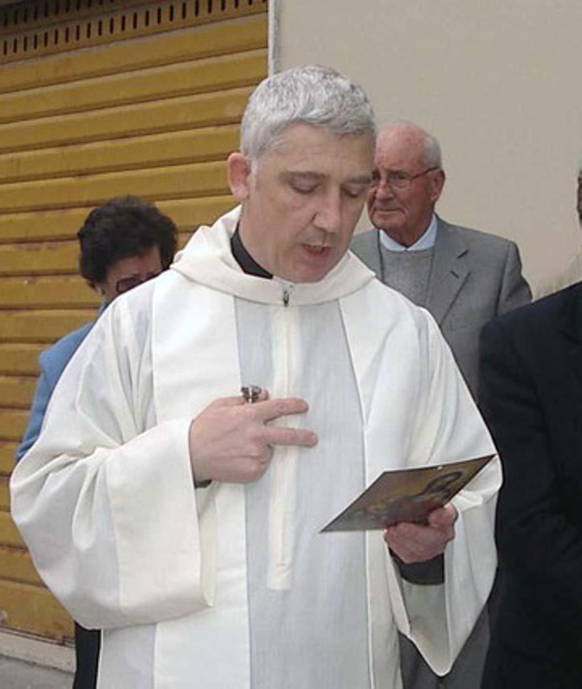 Fotografía de archivo del párroco italiano Piero Corsi.
