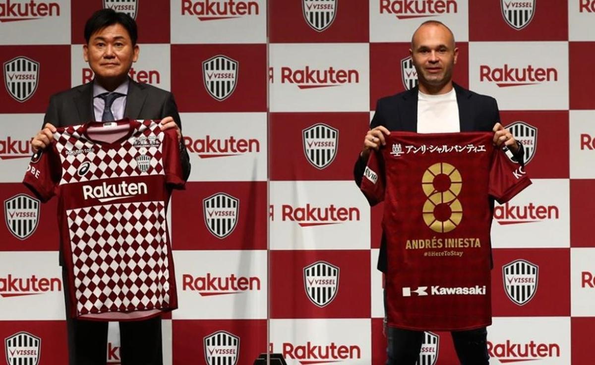Iniesta renueva con el Vissel Kobe hasta el 2023