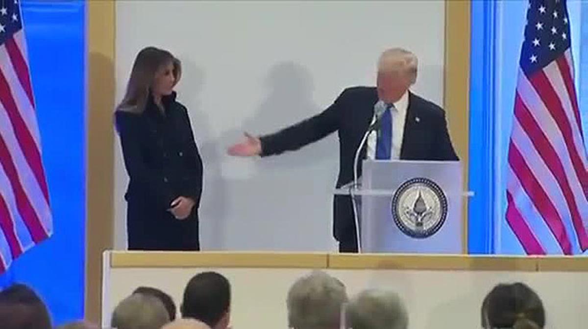 Vídeo del feo gesto de Trump a Melania en su hotel de Washington.