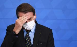 La pandemia, sin horizonte de mejora y con Bolsonaro bajo presión en Brasil. En la foto, el presidente brasileño, Jair Bolsonaro.