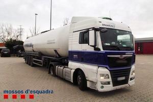 Un camioner begut condueix 11 km en sentit contrari per l'AP-7 a Girona