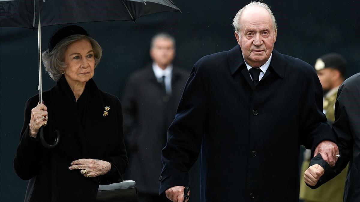 Los Reyes eméritos Juan Carlos I y Sofía, en el funeral del Gran Duque Juan de Luxemburgo.