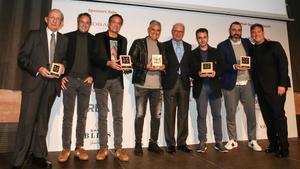 De izquierda a derecha, Josep Monge (Via Veneto), los hermanos Torres, Nandu Juvany, Manuel Carrera (Macarfi), Eduard Xatruch (Disfrutar), Rafa Zafra (Estimar) y Carlos Latre, el lunes en la Antiga Fàbrica Damm.