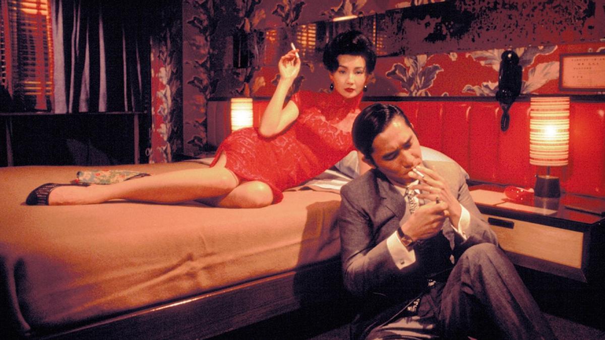 Maggie Cheung y Tony Leung, en un fotograma de 'Deseando amar (In the mood for love)', de Wong Kar-wai