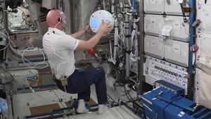 Vídeo   Cimon, el nou robot de l'ISS, discuteix amb un astronauta