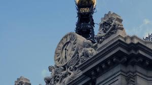 Detalle de la fachada del Banco de España en la Plaza de Cibeles, en Madrid.