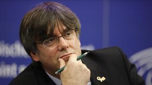 Les restriccions per la Covid encallen el suplicatori a Puigdemont