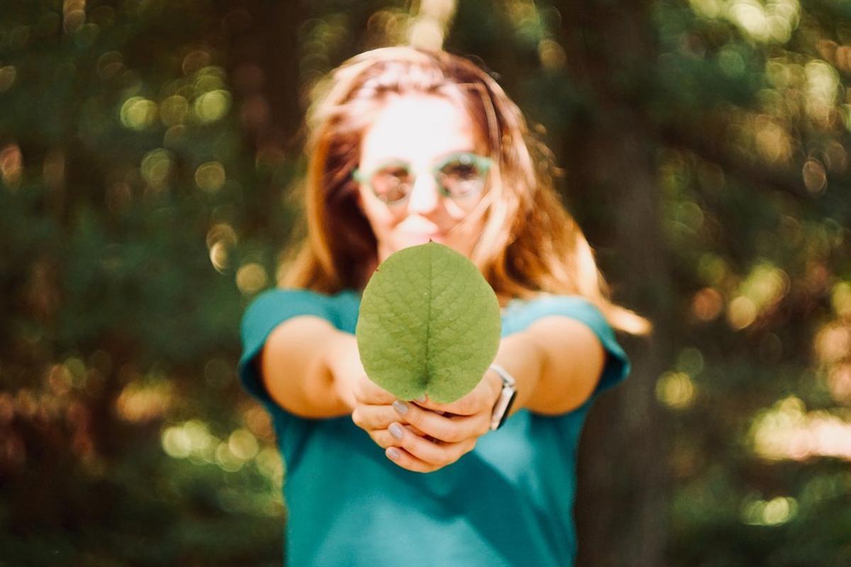 Cómo reciclar y cuidar el medio ambiente con ayuda de asistentes como Alexa