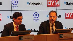 Albert Figueras, de Banc Sabadell, y Mateu Hernández, de Barcelona Global, en la presentación de la encuesta.