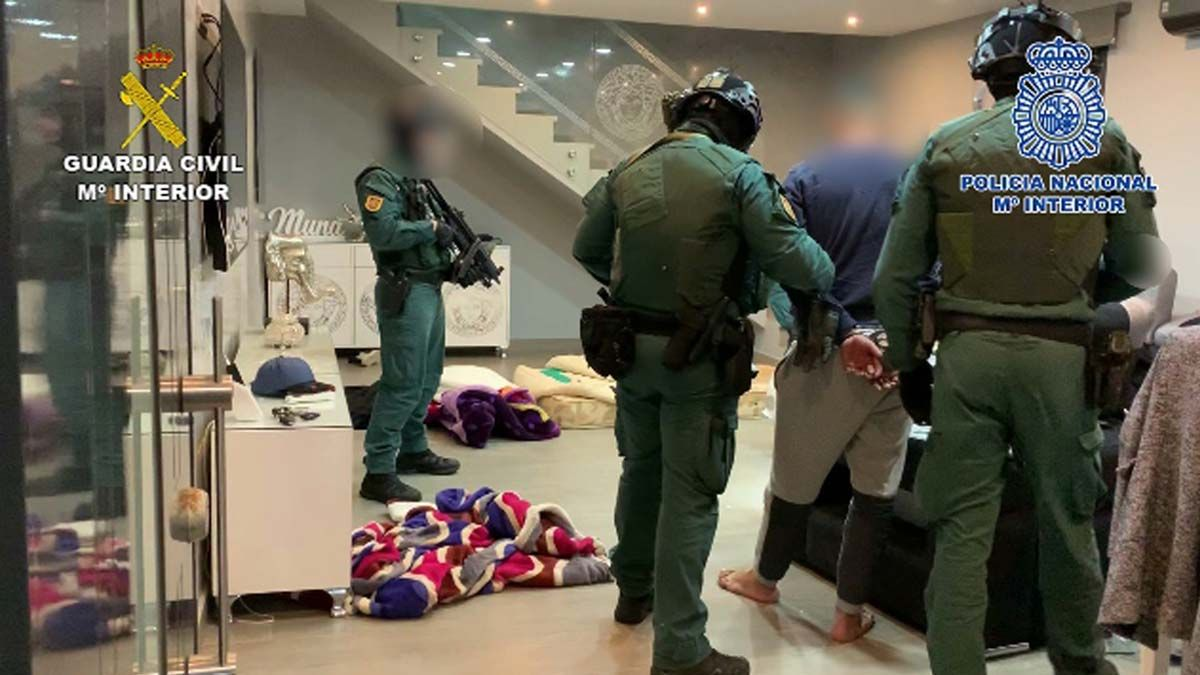Operación policial para desarticular el clan de 'Los Pantoja', una de las bandas de narcos más activas en el campo de Gibraltar.