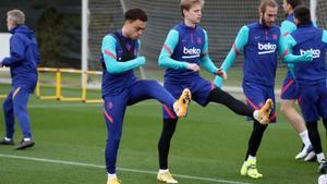 Dest i Pjanic entren a la llista per al Barça-Alabès