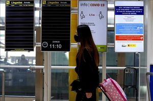 La T4 del aeropuerto Adolfo Suárez Madrid-Barajas el primer día laborable tras la finalización del estado de alarma.