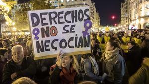Imagen de la concentración en Valencia contra los postulados machistas de Vox.