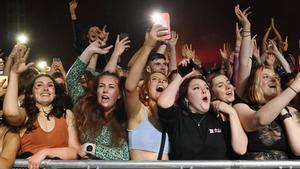 Asistentes al festival de música celebrado en Sefton Park, en Liverpool, el pasado 2 de mayo.