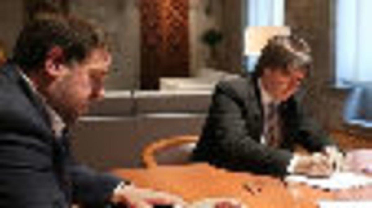 Carles Puigdemont y Oriol Junqueras reciben la notificación del TSJC.