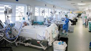 Una uci de pacientes con covid en el edificio Garbí del Parc Sanitari Pere Virgili, dependiente de Vall d'Hebron.
