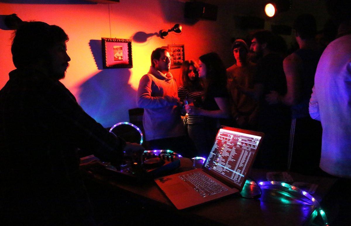 10 actividades para divertirse en casa en la verbena de Sant Joan