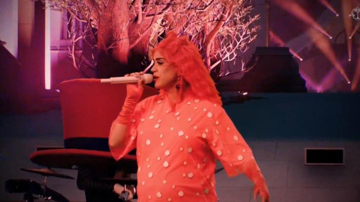 Actuación de Katy Perry en el festival Tomorrowland digital.
