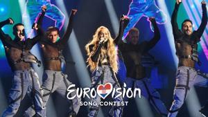 Albina, representante de Croacia en Eurovisión 2021, en el escenario del 'Dora 21'