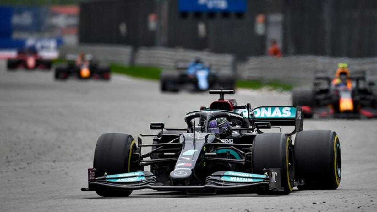 Hamilton, vencedor en Rusia.