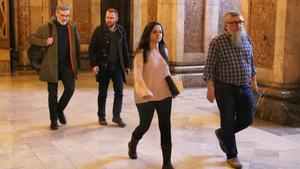 Los cuatro diputados de la CUP, esta mañana, a su llegada al Parlament.