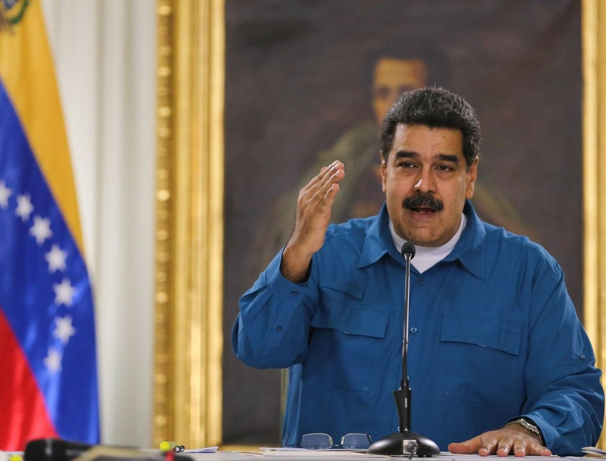CARACASVENEZUELAEl Gobierno del presidente Nicolas Maduro anuncioque declaro persona no grata a la encargada de negocios de Ecuador en CaracasElizabeth Mendeza la que otorgo 72 horas para que abandone el paisunamedida reciprocaluego de la expulsion de la embajadora venezolana en QuitoCarol DelgadoEFE PRENSA MIRAFLORES