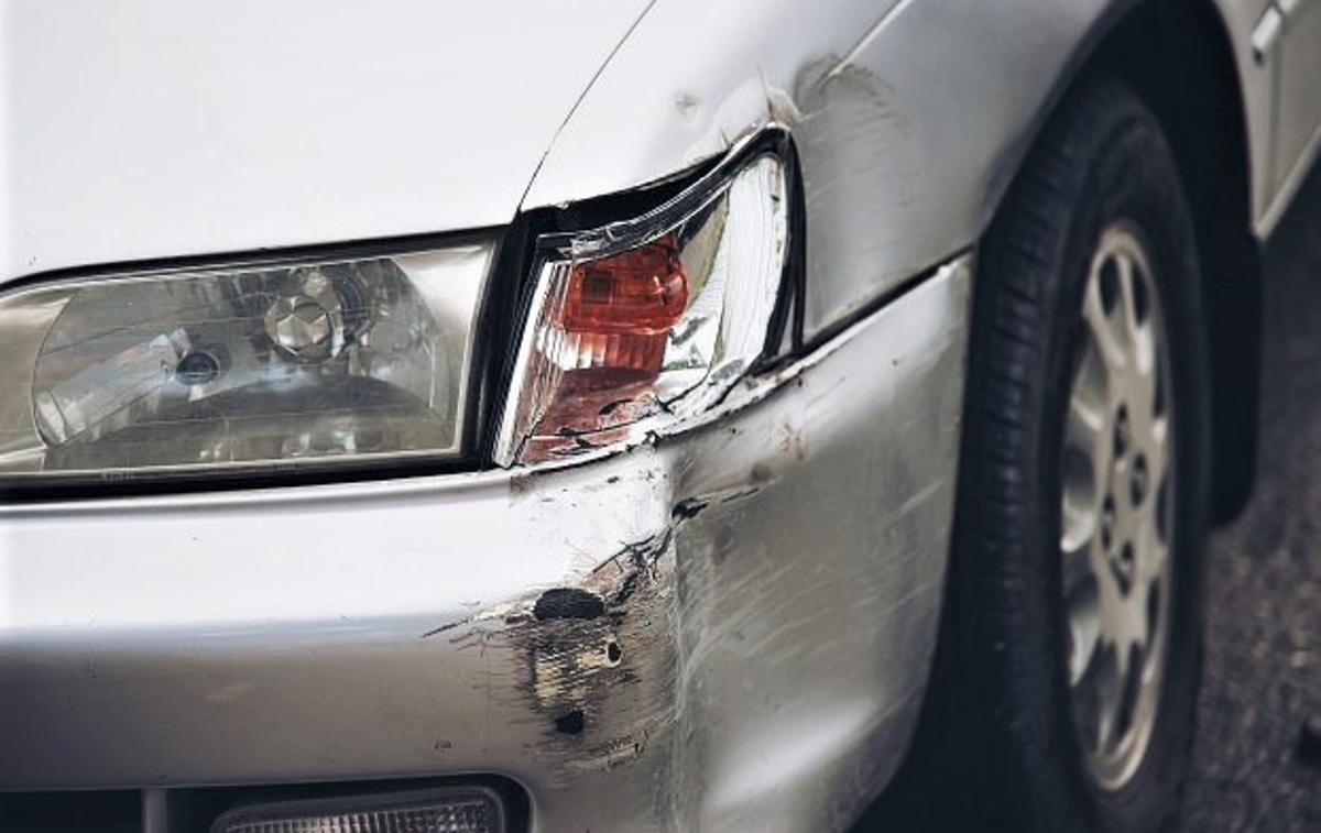 Un coche accidentado.