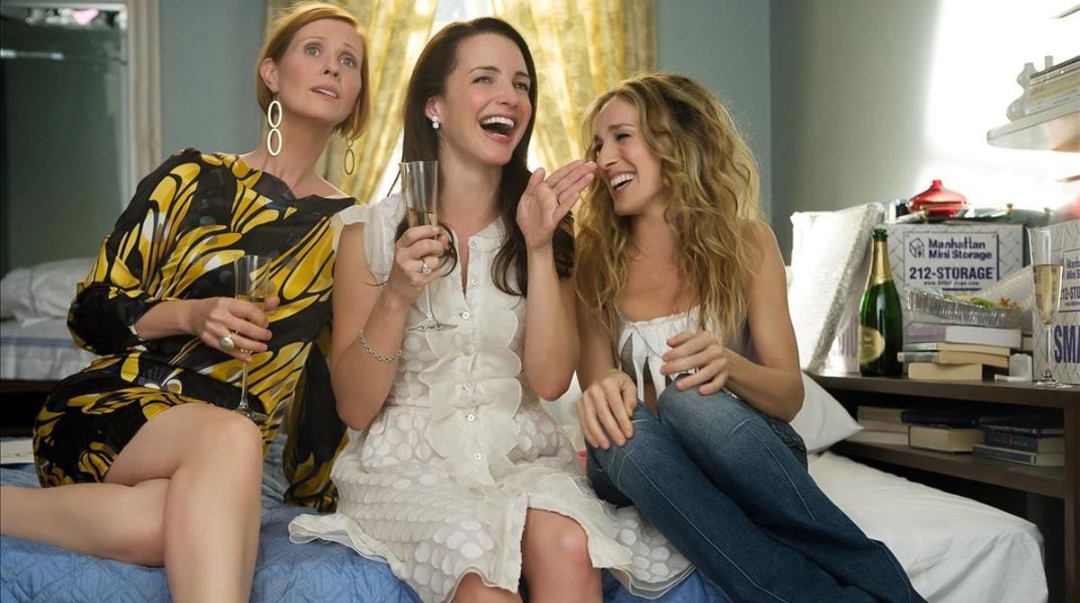 De izquierda a derecha, Cynthia Nixon, Kristin Davis y Sarah Jessica Parker, las tres protagonistas de la nueva temporada anunciada por HBO Max.