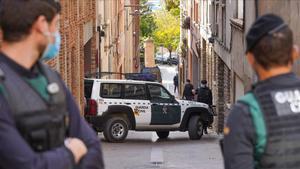 28 10 20 Igualada Operatiu de la Gurdia civil  entrades i registres   A casa de Oriol soler Foto  Marc Vila